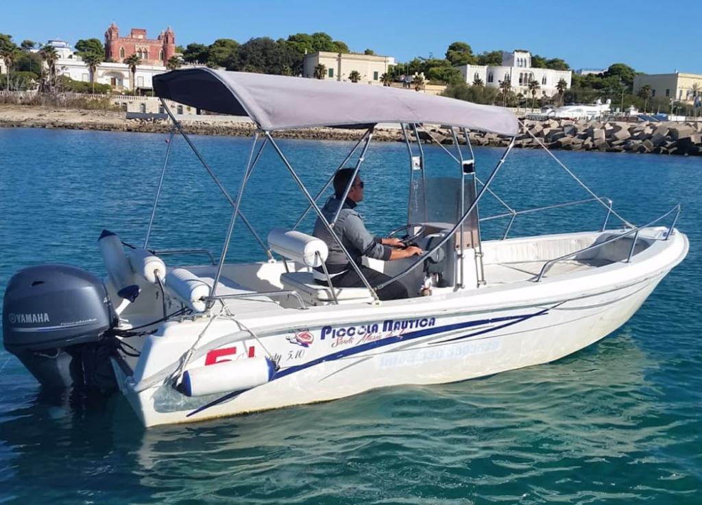 rental boats salento